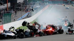 Palshøj og Kiesa ser på gamle minder: Da Romain Grosjean fik en voldsom flyvetur på Spa i 2012