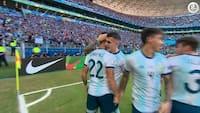 Kæmpe kiks og Agüero-dribletur: Se begge kasser i Argentina-sejr her