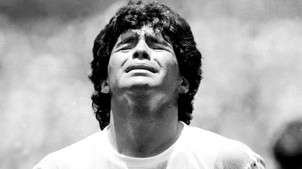 Don't cry for me, Argentina; men en hel verden græder over Diego Maradona