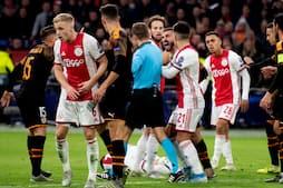 Graulund: 'Han er helt blæst i kasketten' - Wass´ holdkammerat ryger i flæsket på Ajax-spiller og får RØDT