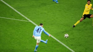 Phil Foden tordner Man City på 2-1