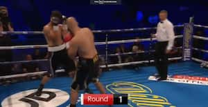 WOW for et slag! Franskmand knockoutet på 10 sekunder