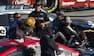 Vilde scener i NASCAR: Haas-kører i slagsmål med konkurrent - se det her