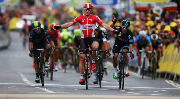 Greipel fuldender Giro-hattrick - trækker sig