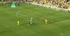 Helt frit mål: Norwich-spiller misbruger gigantisk chance
