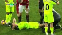 Tre år siden: Rooney med grov stempling på Liverpool-stjerne