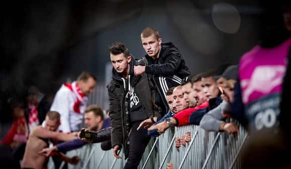 Syv tjekkiske fodboldfans anholdt efter slagsmål i Parken