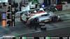 Fem forfærdelige minutter: Her pitter Magnussens bil to omgange i streg