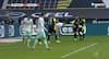 Werder Bremen-forsvarer finder Haaland helt fri på bagerste stolpe - så fører Dortmund 3-1