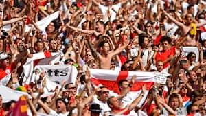 FA fordømmer engelsk fodboldballade i Portugal