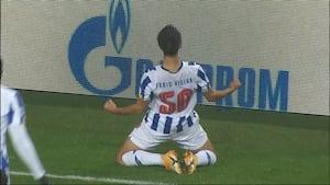 Kæmpe brøler: Olympiacos-spiller kikser totalt - Porto straffer det med kynisk 1-0-mål