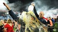 Tusindvis af fans stormer banen i jubel: Union Berlin er i Bundesligaen for første gang i klubbens historie
