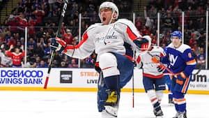 Alex Ovechkin scorer hattrick for anden kamp i træk - se hans mål nummer 690, 691 og 692 i NHL