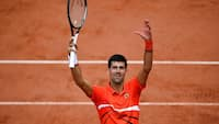 Overlegen Djokovic booker semifinale i French Open
