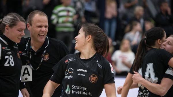 København overvintrer på ligaens førsteplads efter slidsejr over Randers
