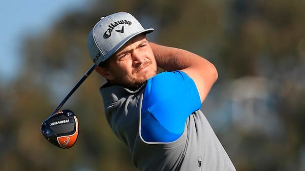 Cappelen fører stærkt besat turnering i USA - Tiger Woods er tre slag efter