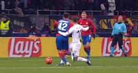 Tåbeligt tjekkisk forsvarsspil: CSKA Moskva på 1-0 på iskoldt straffespark
