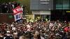 Kaos på Old Trafford: Kickoff i Manchester United-Liverpool udsat