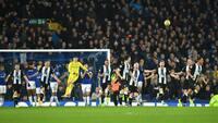 Helt absurd! Newcastle leverer årets comeback med mål i det 94. og 95. minut