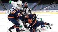 Forrygende åbningsnat: Canucks slår Oilers med 5-3 - highlights fra opgøret her