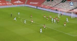 Fernandinho brager bolden ind efter hjørnespark - se målet der meget vel sikrer finaleplads