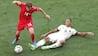 Damsgaard tryller videre: Her tørrer han to belgiske forsvarere