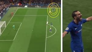 Løber 50 meter med bolden og scorer herfra: Ny Chelsea-back med VIDUNDERMÅL