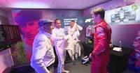Formel 1-legende stikker for sjov til Leclerc: 'Arbejder ikke hårdt nok - håret er tørt'