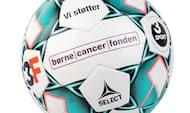 Støt Børnecancerfonden: Donér 200 kr. til et godt formål og få en spritny Select-bold