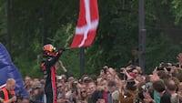 Se videoen: Her suser Formel 1-racer rundt i København