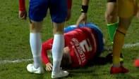 Var tvivlsom før kampen - her bliver tidligere Brøndby-forsvarer skadet efter OTTE sekunder