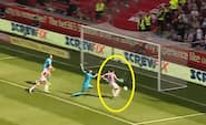'Dear me, Joe Allen, how does he miss this one' - måske derfor Stoke City ligger helt i bunden?