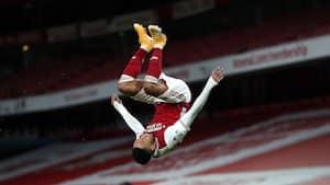 Arsenal forværrer Newcastle-krise på stor anden halvleg