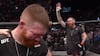 UFC-kæmper antyder karrierestop efter nederlag - publikum protesterer og så BRYDER han ud i gråd!