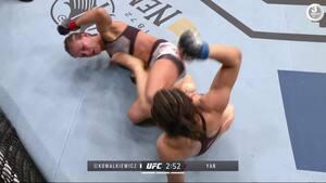 'For første gang er jeg IKKE okay efter en fight' - UFC-kæmper med store skader i ansigtet