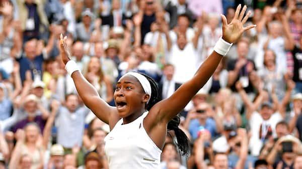 15-årige Gauff leverer comeback og fortsætter Wimbledon-eventyr