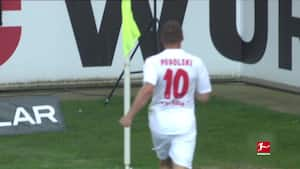 Den tyske tordenstøvle: Se nogle af Lukas Podolskis bedste langskudsmål