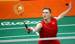 Axelsen tager sikker sejr i comeback ved badminton-EM