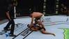 'Fuldstændig sindssygt!': Erfaren UFC-kampleder får på puklen efter absurd stoppage - se det hele her