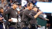 Total ydmygelse: Cowboys-spillere lader head coach hænge