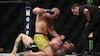 UFC-fighter undskylder, imens han tæsker løs på modstander: 'Sorry it's part of the job'