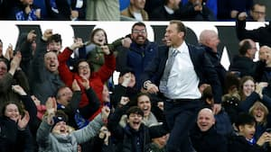 Duncans drømmedebut: Se målene fra Evertons 3-1-sejr over rystende usikre Chelsea