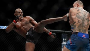 UFC-stjerne anholdt for spritkørsel og våbenbesiddelse