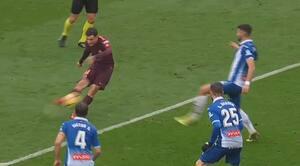 SO CLOSE! Coutinho centimeter fra kongemål mod sin gamle klub - se det her