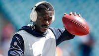 Officielt: NFL-stjerne idømt lang karantæne for overfald og trusler