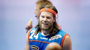 Ægte nostalgi: Se fødselaren Mikkel Hansen score mål for AG København