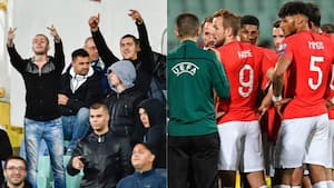 Englands kamp afbrudt af skandaløse scener med racistiske tiltråb