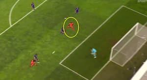 Liverpools offensiv slår til efter tre minutter: Se Firmino score 1-0-målet