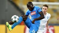 Man City melder sig i jagten på Napoli-stjerne - vil gøre ham til verdens dyreste forsvarer