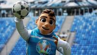 YOUR MOVE: Skillzy er maskot for EURO 2020 - men du kan også være med